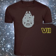 Star Wars The Force awakens t-shirt millenium falcon on the front